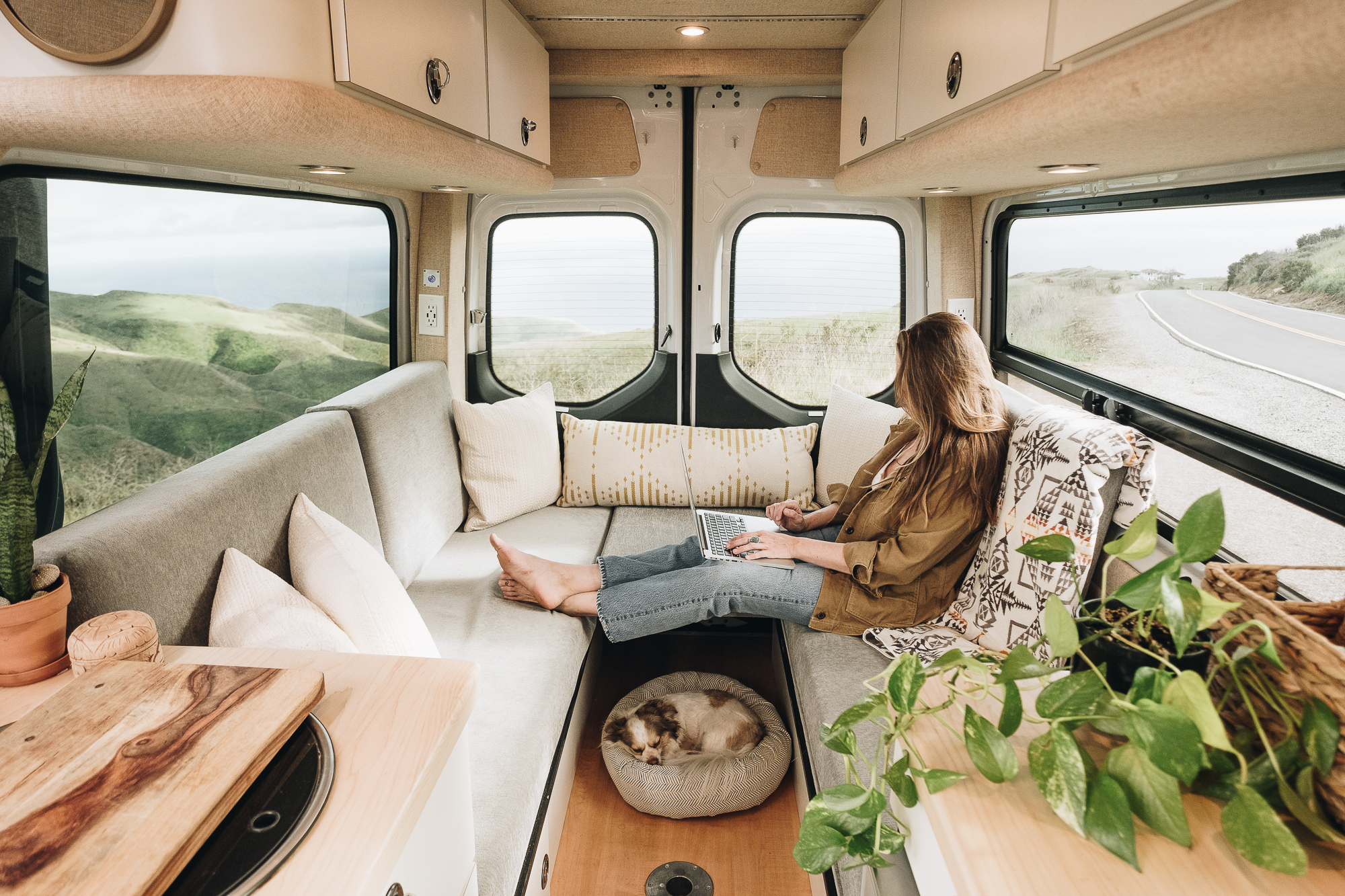 Mobile Office Vans – What You Need to Know