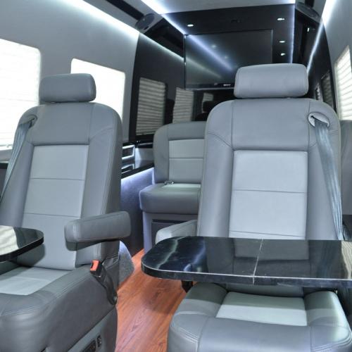 Family Travel Vans